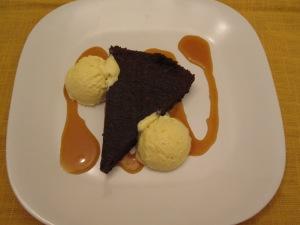 Flourless Chocolate Cake/ Bake, Run, Live