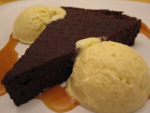 Flourless Chocolate Cake/ Bake, Run, Live