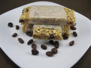 Cinnamon Raisin No-Bake Granola Bars