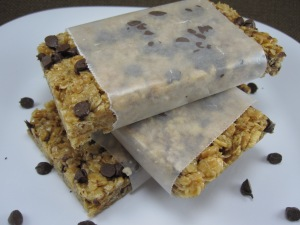 Peanut Butter Chocolate Chip No-Bake Granola Bars