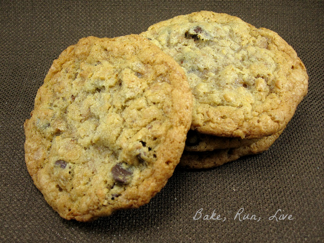 Toasted Oatmeal, Toffee, Chocolate Chip Cookies | Bake, Run, Live